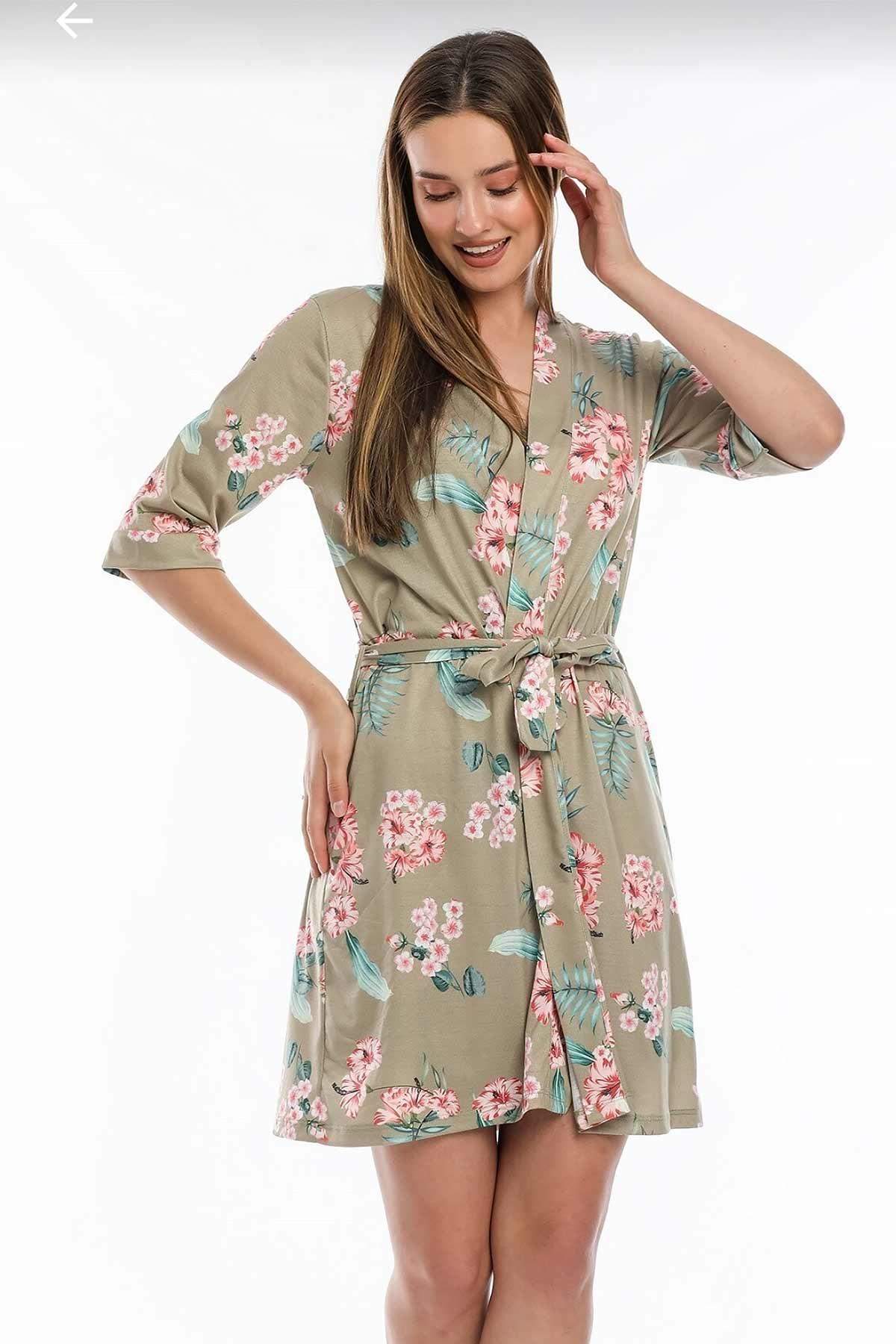 ÇeyizeDairHerşey - Yeşil çiçekli sabahlıklı şortlu 5 li süprem penye pijama seti (1)